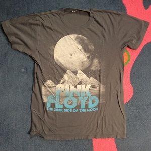 Retro/vintage like Pink Floyd T-shirt